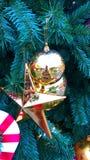Noël est l'époque la plus magique Part de Let's la magie les uns avec les autres cette saison entière et par nouvelle année Images libres de droits