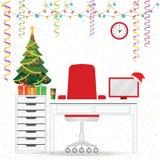 Noël et nouvelle année dans l'intérieur moderne de lieu de travail de bureau Image stock