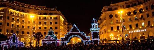 Noël recueillant dans la ville Photographie stock libre de droits