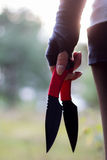 Nożowa miotacz młoda dziewczyna Zdjęcia Royalty Free