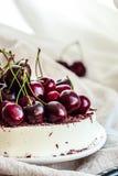 No bake vanilla cheesecake mousse with cherries and dark chocolate Royalty Free Stock Image
