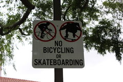 No biking or skateboarding sign Royalty Free Stock Photography