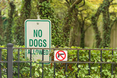 No Dogs and  guns Allowed Sign Stock Photography