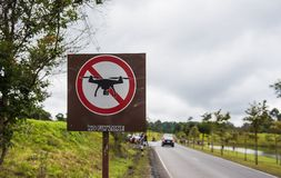 No drones sign, no fly zone in park royalty free stock photos