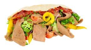 No espeto e salada de Doner no pão de Pitta foto de stock