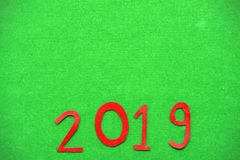 2019 no fundo do verde de grama Fotos de Stock