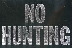 Free No Hunting Sign Stock Photo - 100520130