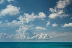 No meio-dia no mar Imagem de Stock Royalty Free