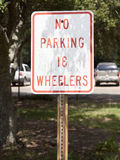 No Parking 18 Wheelers Sign Royalty Free Stock Images