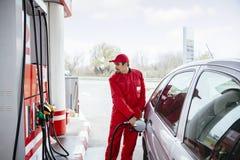 No posto de gasolina foto de stock royalty free