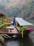 No rio Kwai em Kanchanaburi Imagens de Stock Royalty Free