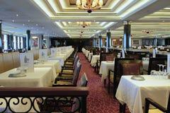 No salão vazio do restaurante Fotografia de Stock Royalty Free