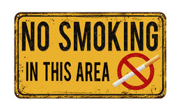 No smoking in this area vintage metal sign Royalty Free Stock Photos