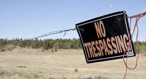 Free No Trespassing Royalty Free Stock Images - 26824589