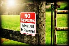 No Trespassing. Violators will be prosecuted Stock Photo