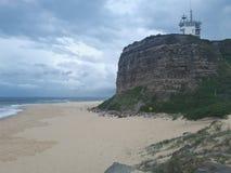 Nobby& x27 ; Australie de Newcastle de plage et de promontoire de s Image libre de droits