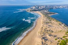 Nobbysstrand en de Haven van Newcastle - satellietbeeld - Newcastle NSW Australië royalty-vrije stock fotografie