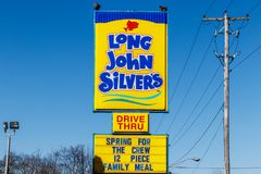 Noblesville -大约2018年3月:长的约翰银` s快餐地点 长的约翰银` s专门研究油煎的鱼粉我 库存图片