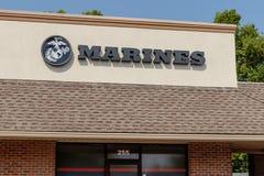 Noblesville - cerca do agosto de 2018: Estados Unidos Marine Corps Recruiting Command mim imagens de stock royalty free