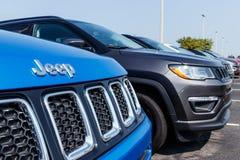 Noblesville - circa agosto de 2018: Jeep Compass en la exhibición en una representación IX del jeep de Chrysler imagen de archivo