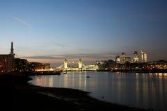 noc bridżowy wierza Fotografia Royalty Free