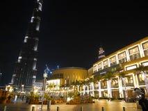 Noc drapacze chmur, wysocy domy, noc Dubaj Zdjęcia Stock
