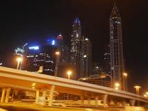 Noc drapacze chmur, wysocy domy, noc Dubaj Zdjęcie Stock
