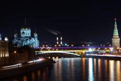Noc Kremlin i most Zdjęcia Royalty Free