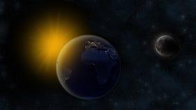 Noc na planety ziemi, słońcu w odległym tle i na orbicie księżyc z kraterami, Pozaziemska scena z gwiazdami Afryka, Europa i S, Obrazy Royalty Free