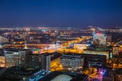 Noc pejzaż miejski od dachu Lenin kwadrat Domy, handli centra Fotografia Royalty Free