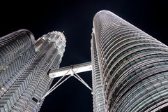 noc Petronas góruje bliźniaka zdjęcie stock