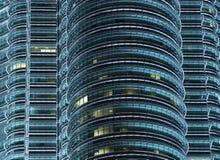 noc Petronas góruje bliźniaka obraz royalty free
