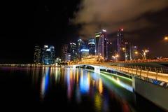 Noc przy Singapur ` s marina zatoką Zdjęcia Royalty Free