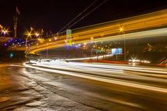 Noc ruch na miastowych ulicach Fotografia Royalty Free