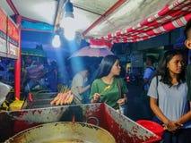 Noc rynek w Filipiny zdjęcia stock