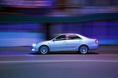 noc samochodowa poruszająca ulica Fotografia Royalty Free