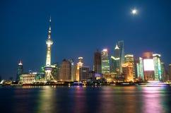 noc Shanghai linia horyzontu Zdjęcia Stock
