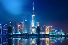 Noc Shanghai linia horyzontu Zdjęcie Stock