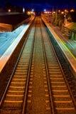 noc staci pociąg Obrazy Stock
