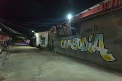Noc strzelał 3rd światu ulica w Kambodża fotografia royalty free