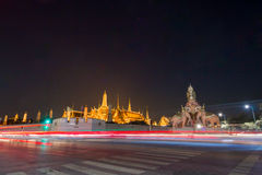 Noc Uroczysty pałac i elephent zabytek Obrazy Royalty Free