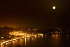 Noc w zatoce los angeles Herradura, Granada Zdjęcie Stock