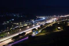 Noc widok autostrada i wiadukt Fotografia Royalty Free