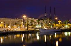 Noc widok bulwar w porcie Barcelona Obrazy Stock