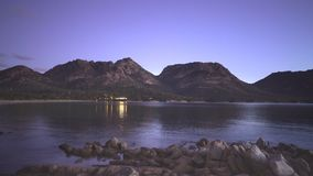 Noc widok Coles zatoka w Tasmania, Australia zdjęcie wideo