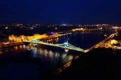 Noc widok Elizabeth most, Danube rzeka Fotografia Royalty Free