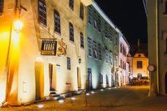 Noc widok historyczny miasteczko Sighisoara Miasto w którym był urodzony Vlad Tepes, Dracula obraz stock