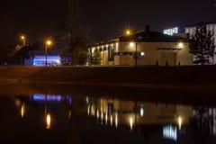 Noc widok jezioro w Zrenjanin Obrazy Stock