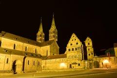 Noc widok Katedralny kwadrat w Bamberg, Niemcy (DOMPLATZ) zdjęcie royalty free