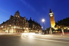 Noc widok Londyński parlamentu kwadrat, Big Ben teraźniejszość Fotografia Royalty Free